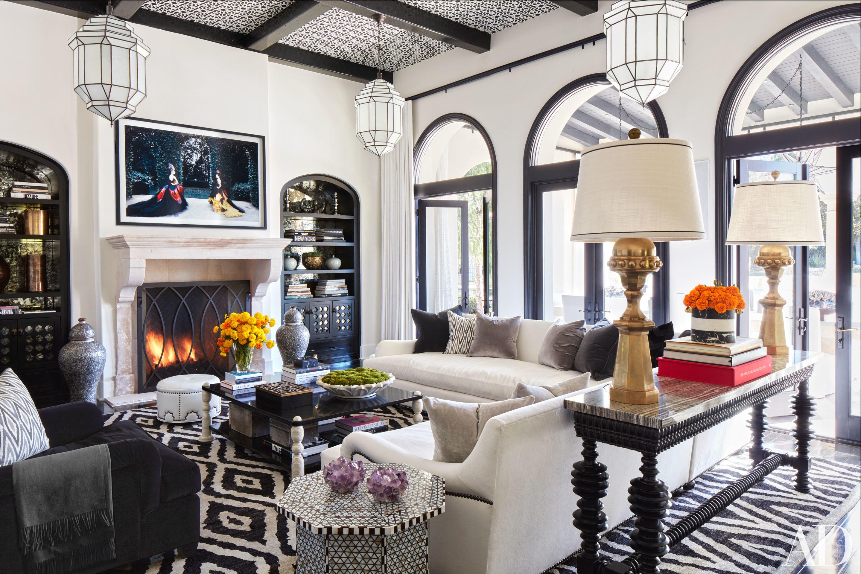 a peek into the beautiful homes of kourtney and khloe kardashian