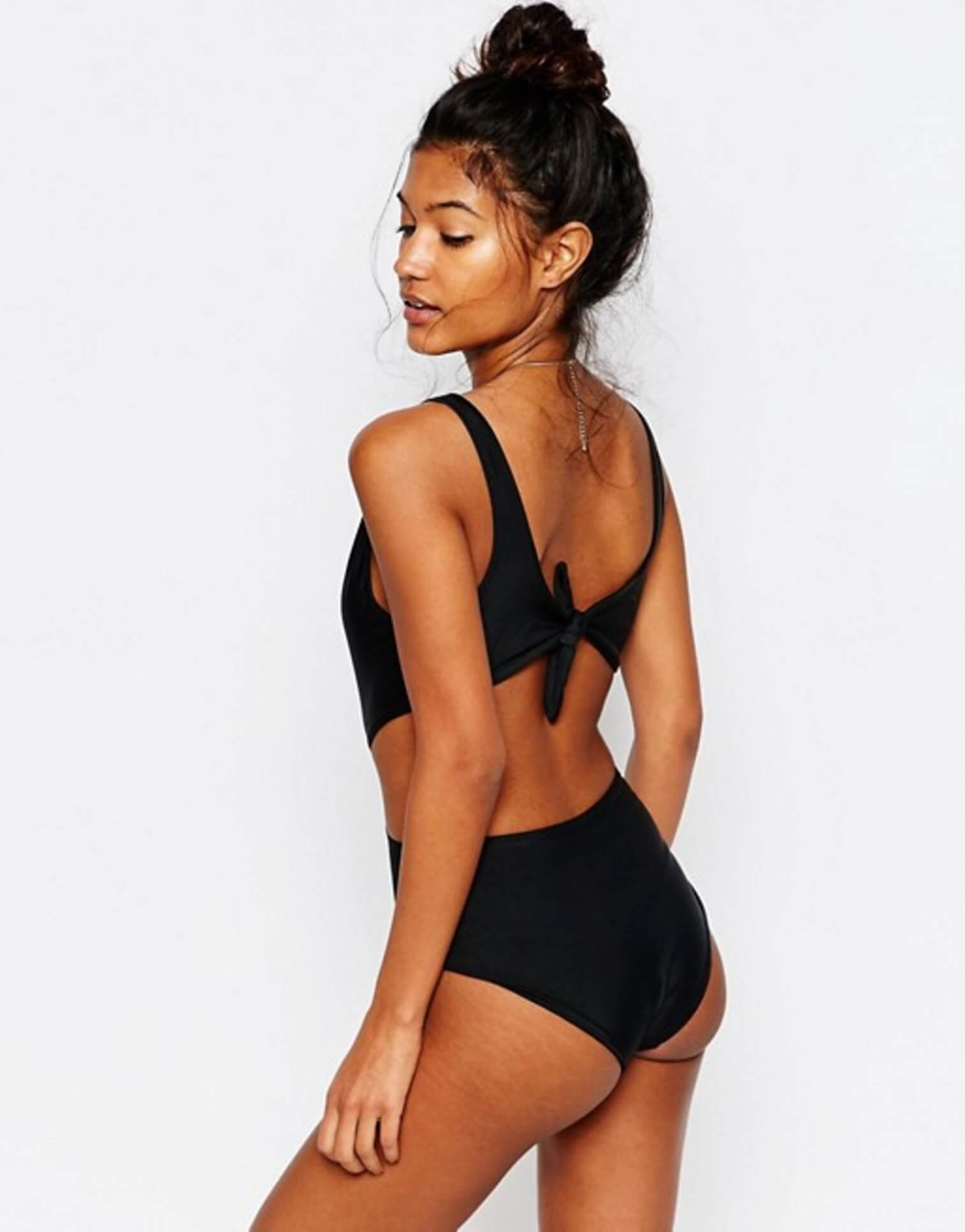 1ca7527817 ... stretch marks off some models featured on their website. The images  recently added to their website see a couple of the models proudly showing  off their ...