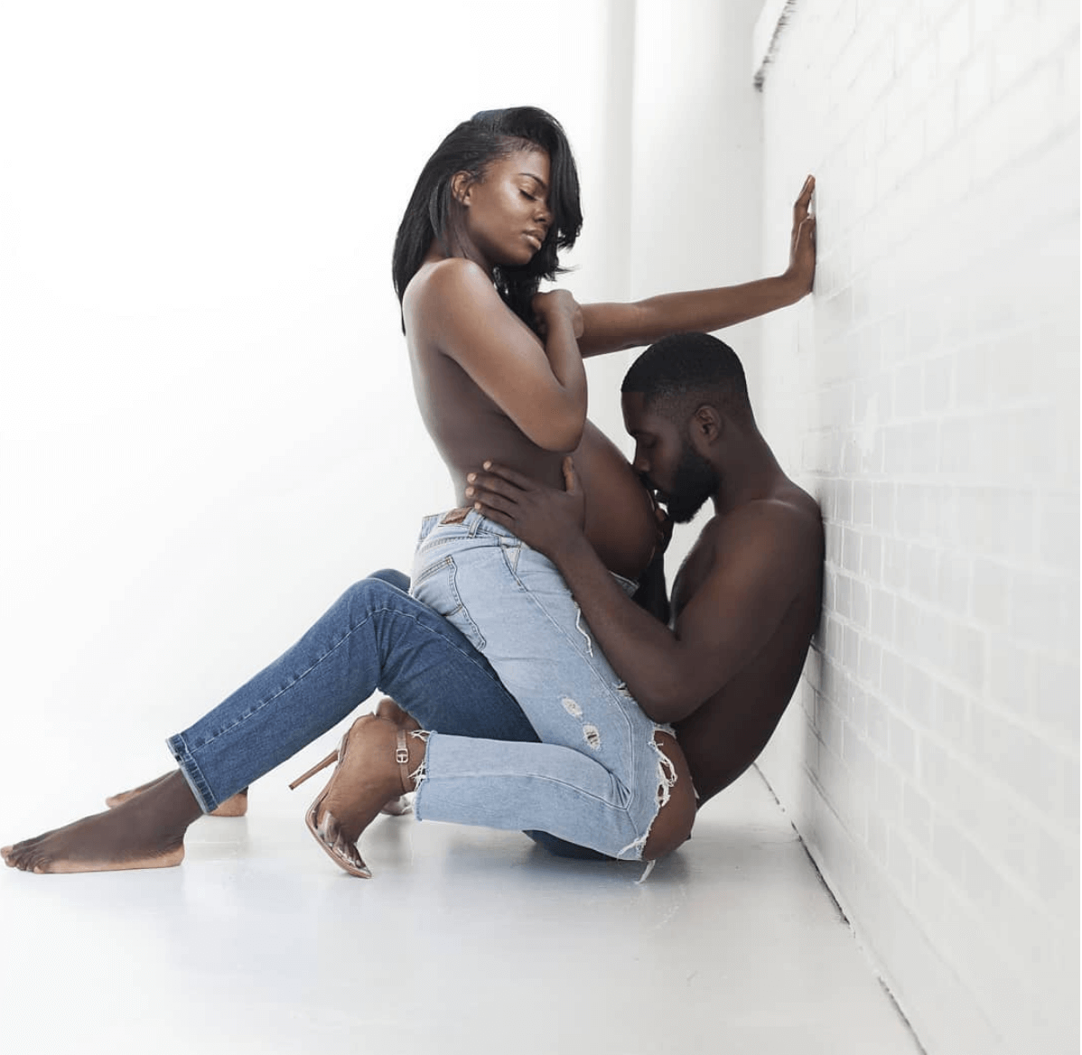 melanin popping we love everything about this maternity shoot