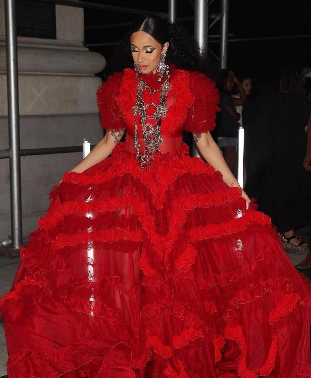 Cardi B Is The Queen Of Fashion Month Here S Proof 234star